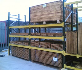 External Pallet Racking for Fencing Products and Materials