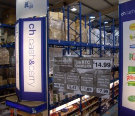 Stakapal bespoke Pallet Racking configured for Cash and Carry warehouse