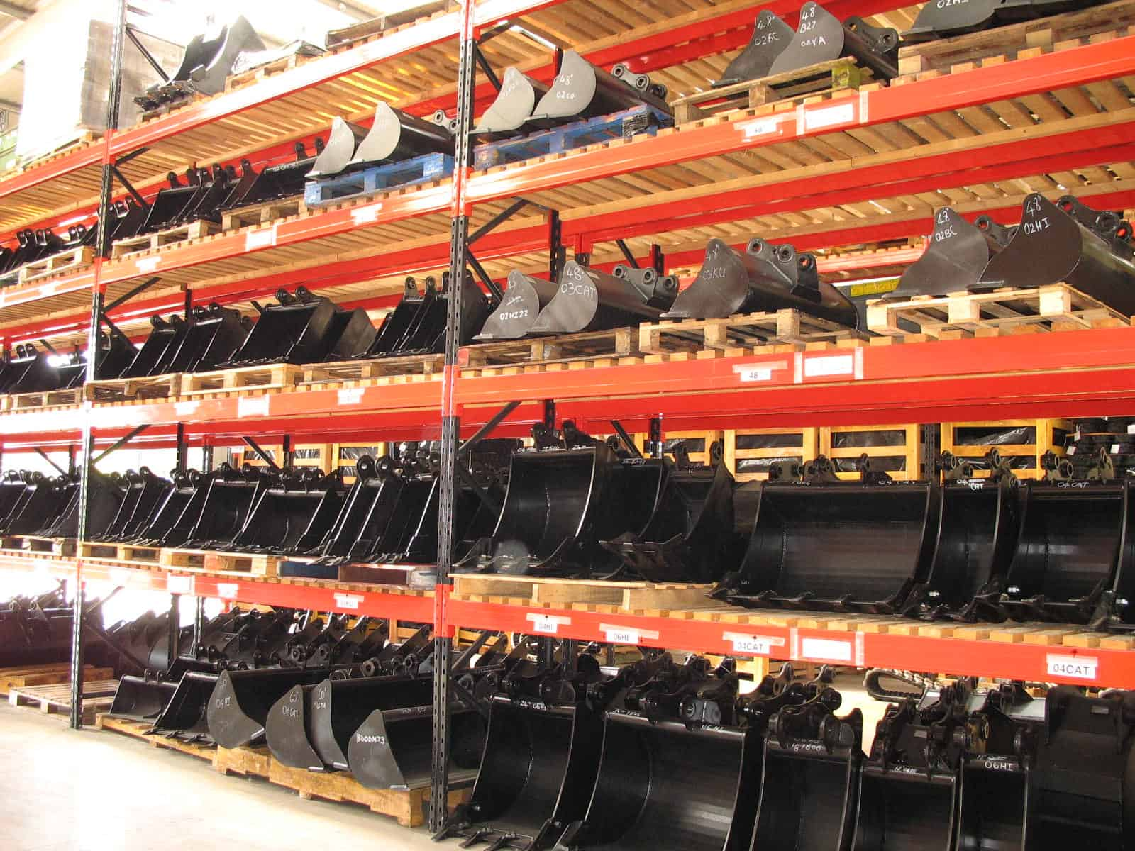 Steel Plate materials stored on Stakapal Cantilever Racking with additional Rail supports