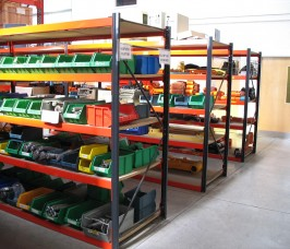 Flexible Shelving Rack for Handloaded Products