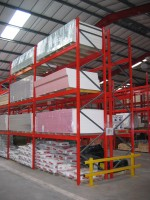 Stakrak SR2000 Series Pallet Racking offers flexible storage opportunities for building materials and bagged products