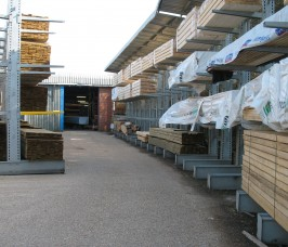 Stakapal offer the option of Cantilever Racking with a Canopy Roof for additional protection