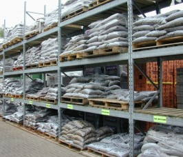 Bagged Aggregates stored on Stakrak SR2000 Series Pallet Racking