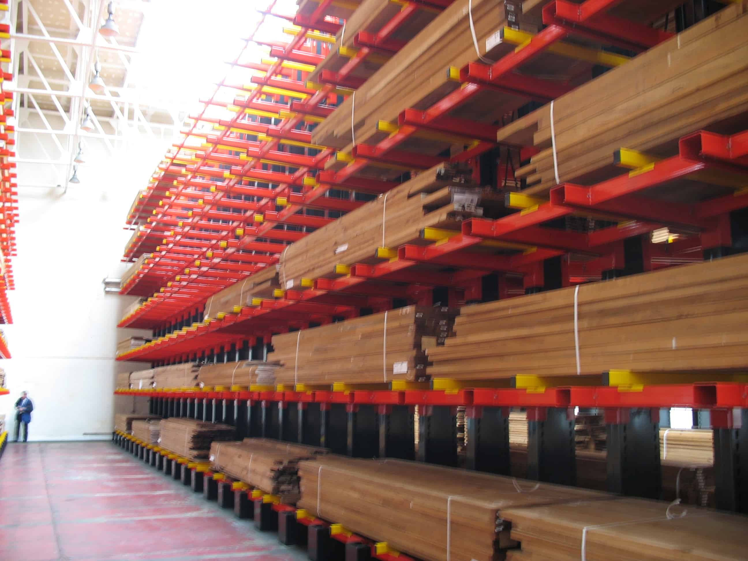 Cantilever Racking offers total flexibility and selectivity when storing various lengths of Hardwoods