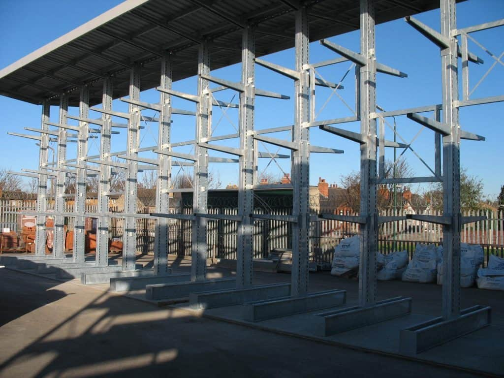 External Galvanised Cantilever Racking with Canopy Roof for Carcassing Timber Storage