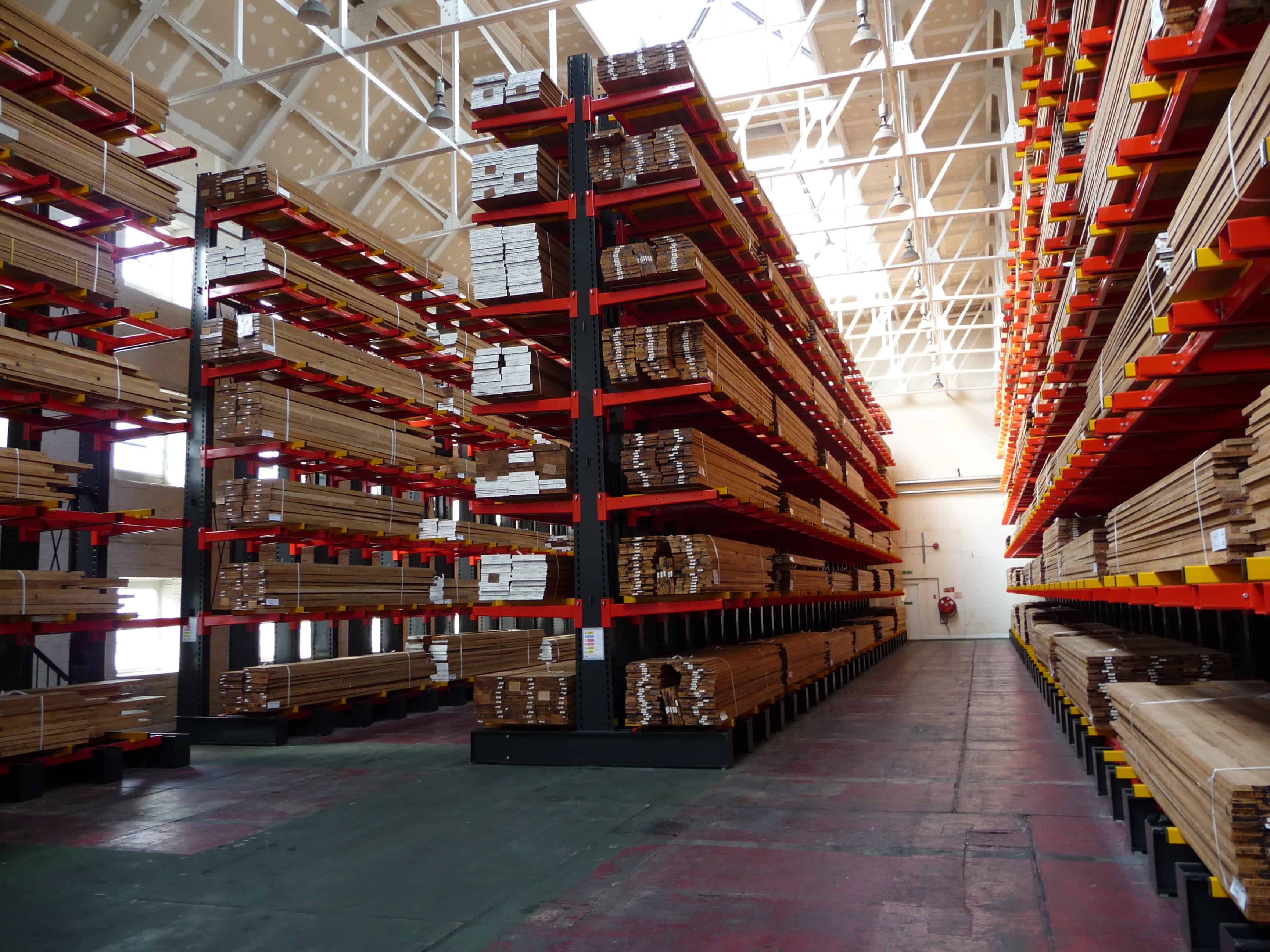 Stakapal Cantilever Racking leads the field in terms of technical capability when storing long and varying lengths of Hardwood