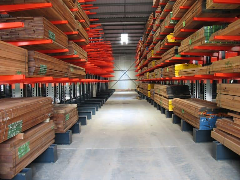 cantilever racking to hold timber panels