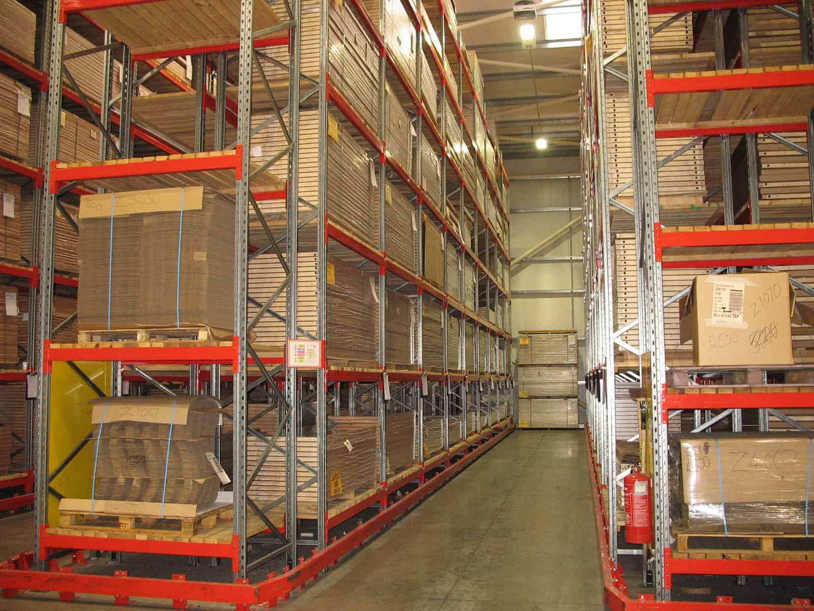 safety barrier around pallet racking