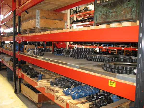 Heavy Duty Longspan Shelving for Industrial Storage